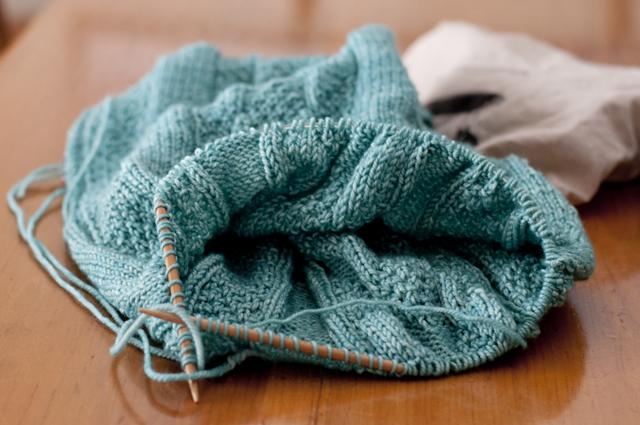 whistler_Knitting_02